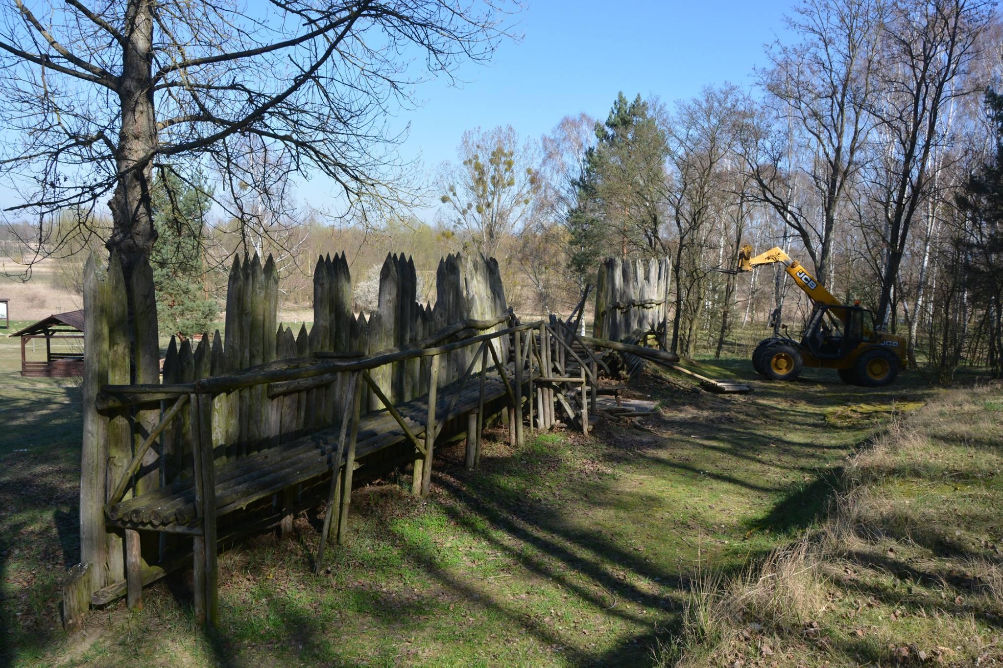 Nowa palisada pod Górą Czcibora