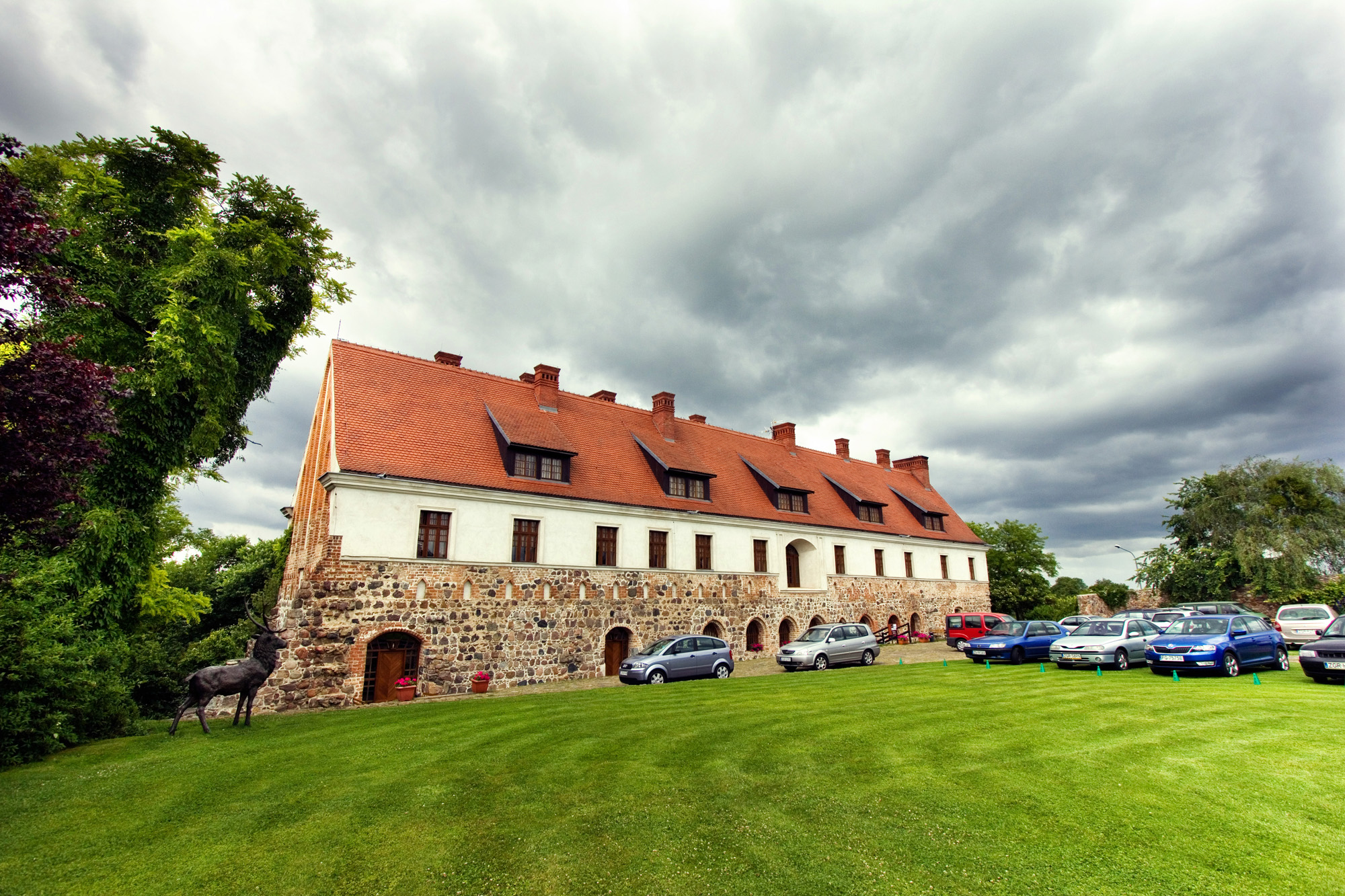 Cedyński klasztor