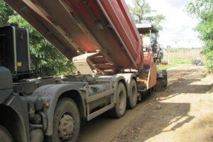 remont drogi na ulicy Akacjowej