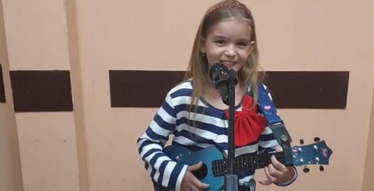 Marika Filińska, dziewczynka z gitarą
